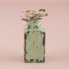 Vintage Inspired Stationery/Photo Holder with Floral Detail