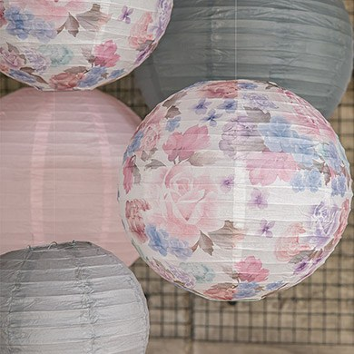 Round floral vintage paper lanterns from Confetti.co.uk
