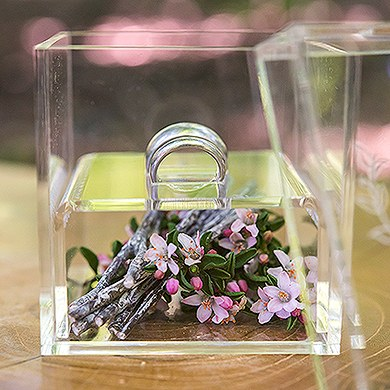 Acrylic Wedding Ring Box - Woodland Pretty Etching