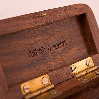 Natural Charm Personalized Pocket Size Wooden Wedding Ring Box   Garland Surrounding