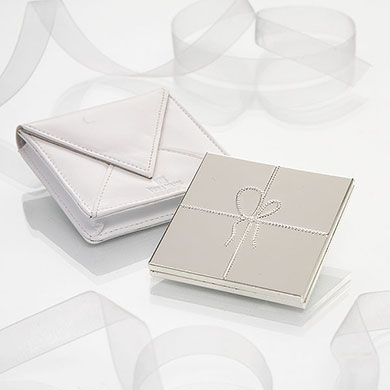 Vera Wang Love Knots Compact Mirror