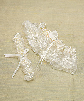 Beverly Clark French Lace Collection Garter Set