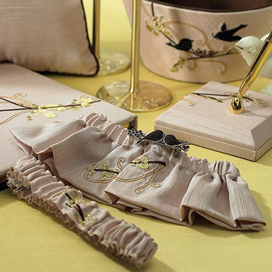 love bird bridal garter accessories