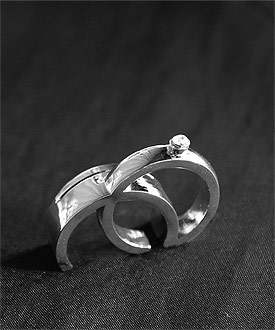 double rings wedding place card holder
