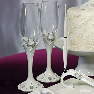 Stylized Heart & Wedding Bands Toasting Flutes