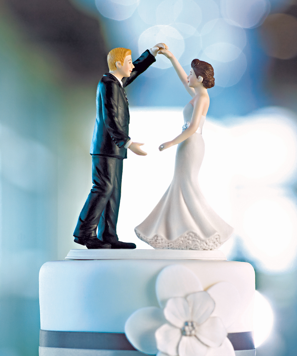 Wedding Cake Topper Dip